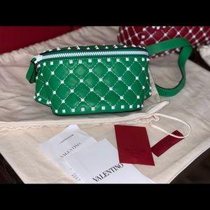 Valentino ROCKSTUD SPIKE BELT BAG green 🔥$1375